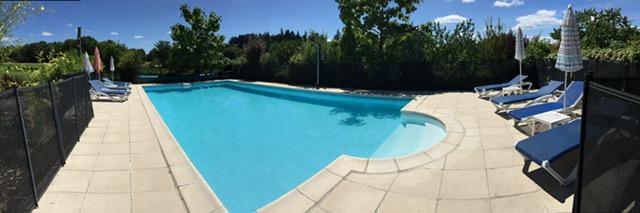 piscine-accueil-gites