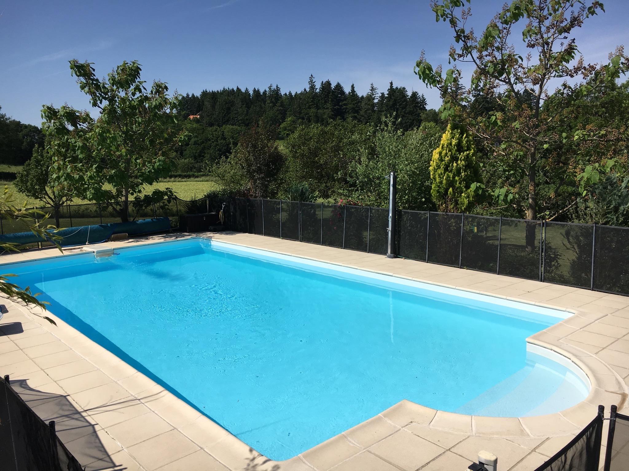 vacances-famille-piscine